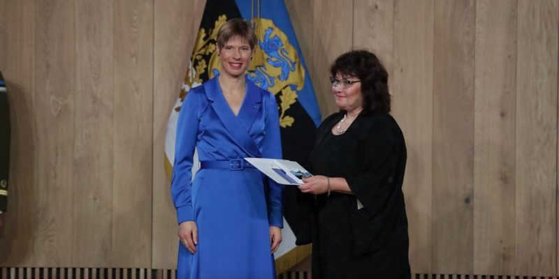 Katrin Gross-Paju Kersti Kaljulaid president medal neuroloog